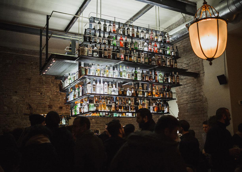 Luster Bar