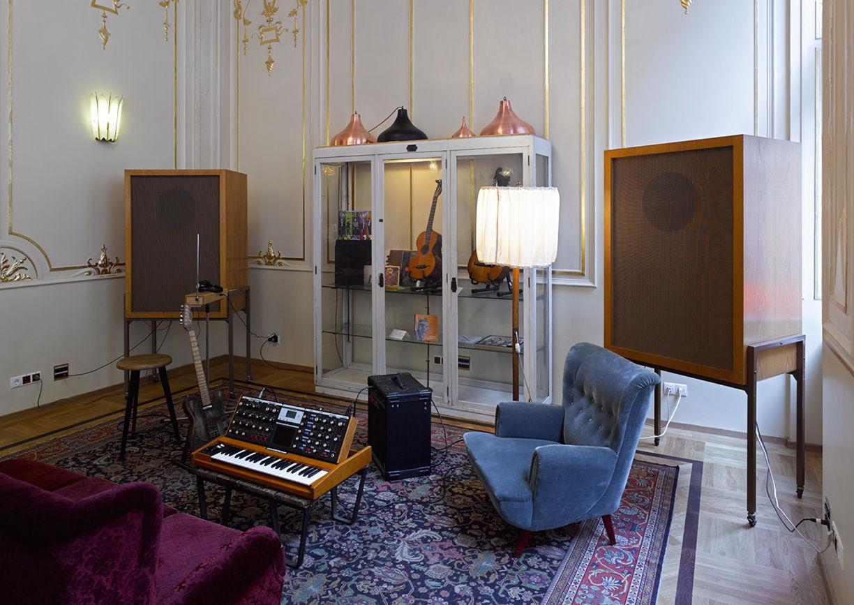 supersense stelze und sofortbild im dogenhof a list. Black Bedroom Furniture Sets. Home Design Ideas