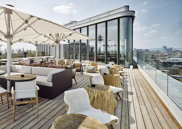 Andaz Vienna am Belvedere Hotel Aurora Rooftop Bar Wien
