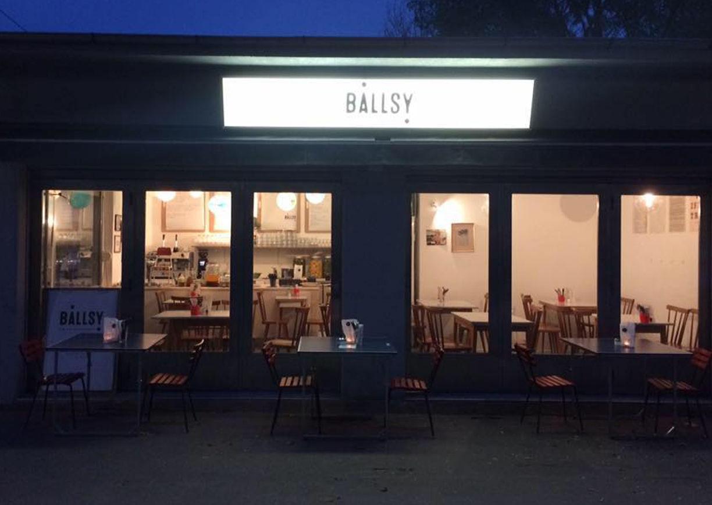 Ballsy, Wien, Lokal
