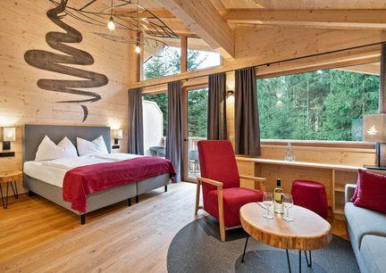 Baumhotel Baumwipfelweg Kopfing Innviertel Oberoesterreich Innenansicht Zimmer