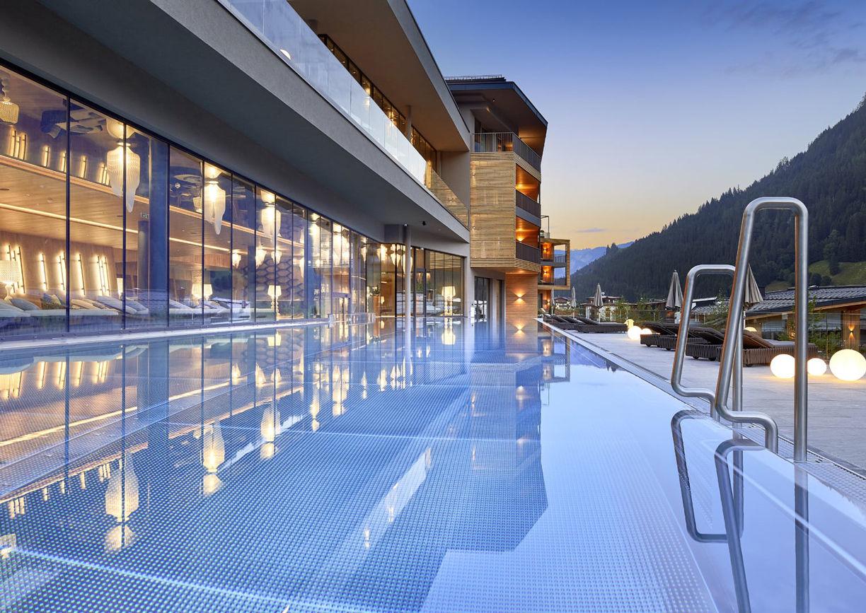 Das Edelweiss Mountain Resort Grossarl Pool