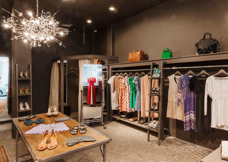 Das Neue Schwarz Mode Shop Wien Innenansicht
