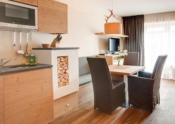 Zillertaler gasthof mutiert zum designhotel a list for Design hotel zillertal