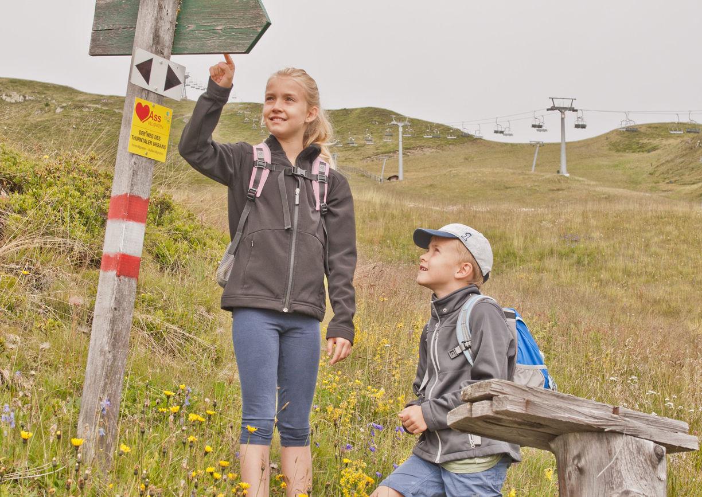 Dolomiten Resident Sporthotel Sillian Osttirol Kinder Wandern