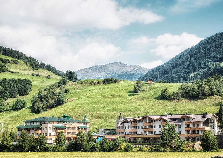 Dolomiten Residenz Sillien Hotel Osttirol Aussenansicht