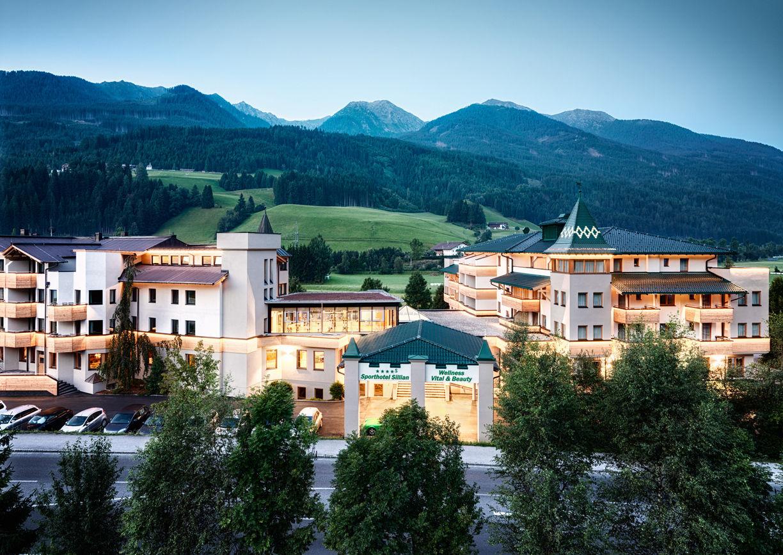 Dolomiten Residenz Sporthotel Sillian Osttirol Aussenansicht