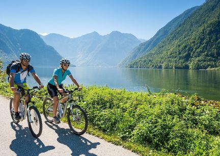 E-Bike Radfahren Oberoesterreich Hallstaetter See