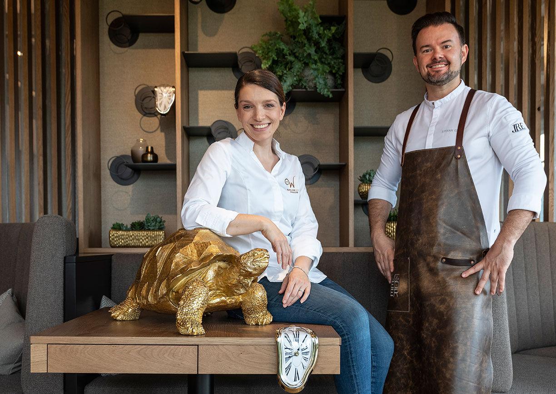 Evelin und Stefan Eder in ihrem neuen Fine Dining Restaurant ZeitRAUM