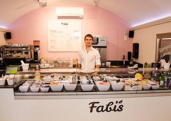 Fabis Frozen Bio Yoghurt, Salzburg, Fabian Sturm, Universitätsplatz