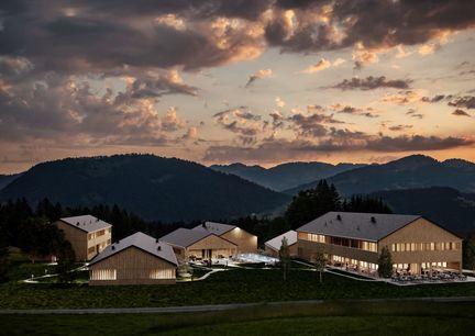 Fuchsegg Eco Lodge Vorarlberg Bregenzerwald Hotel nachhaltig Chalets