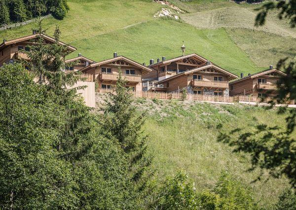 Geislerhof Gerlos Zillertal Tirol Bauernhof Chalets Aussenansicht