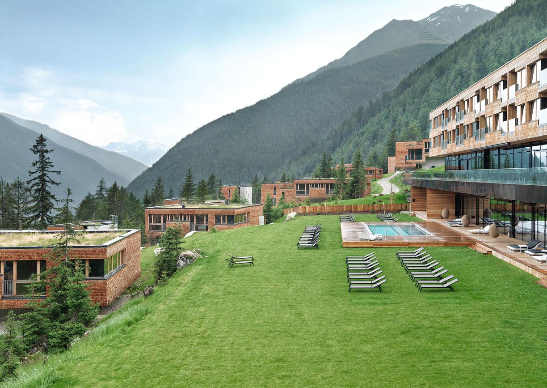Gradonna Mountain Resort Hotel Kals Osttirol Garten