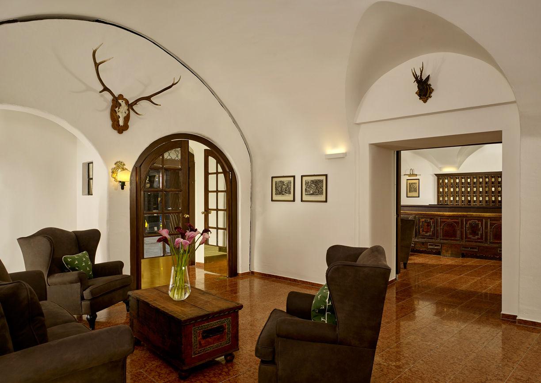 Hotel Goldener Hirsch Salzburg Getreidegasse Lobby
