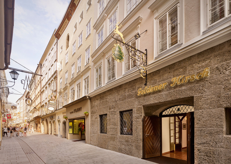 Hotel Goldener Hirsch Salzburg Getreidegasse Restaurant Aussenansicht