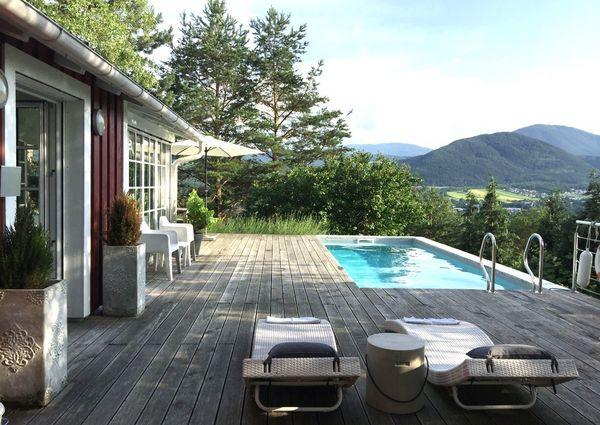 Hus am Berg Ferienhaus Gloggnitz Pool Aussicht Wiener Alpen