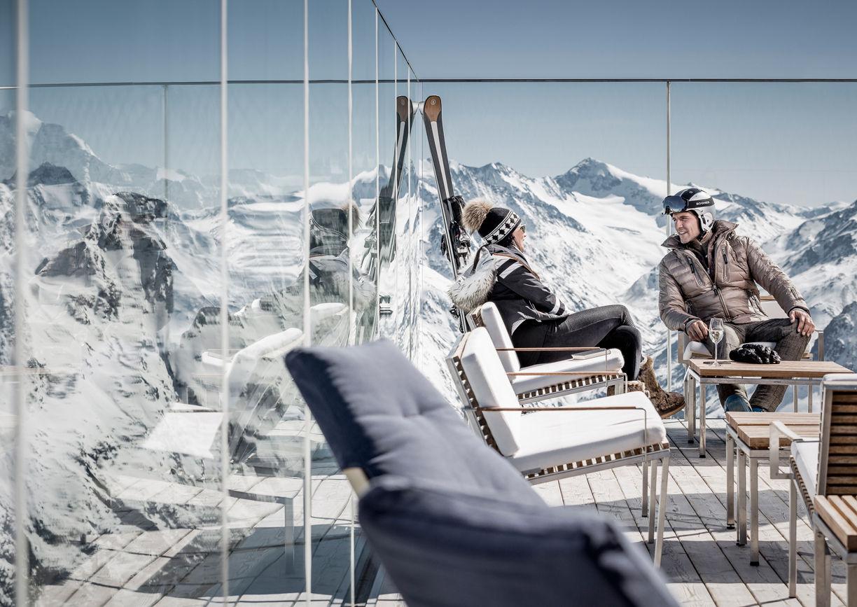 Ice Q Soelden Restaurant Berg Terrasse
