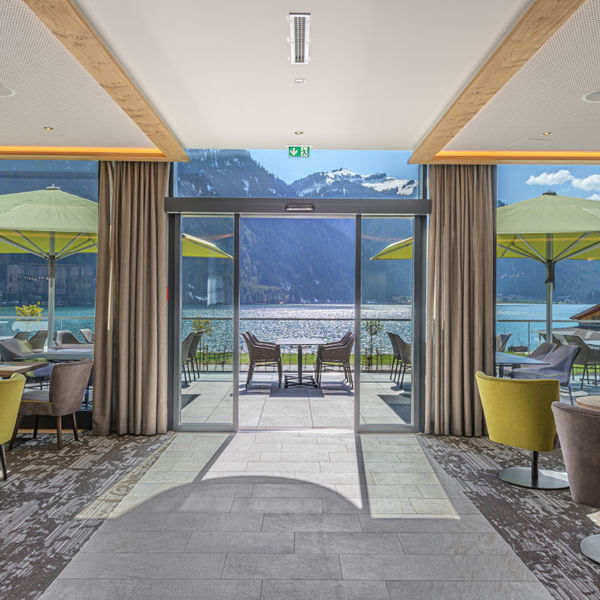 Infinitypool im Adults-Only Hotel haldensee im Tannheimer Tal in Tirol