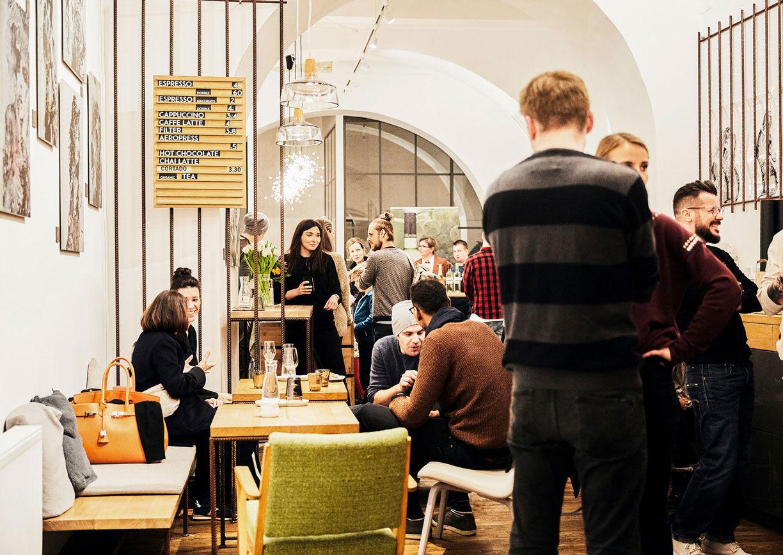 Kaffein Vienna Wien Innenstadt erster Bezirk Kaffeehaus Cafe Lokal Innenansicht