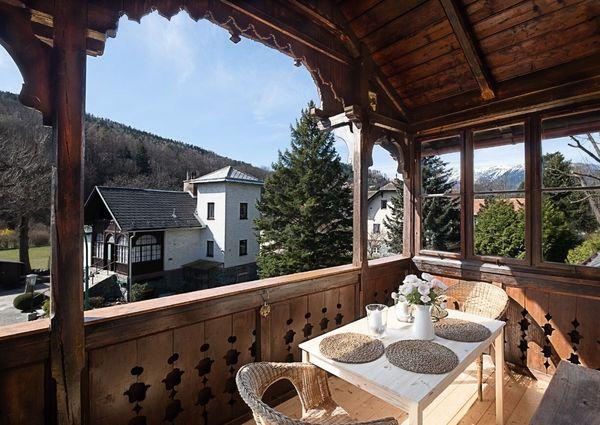 Landhaus Blauer Spatz Dodo Rax Apartment Ferienwohnung Aussenansicht Balkon