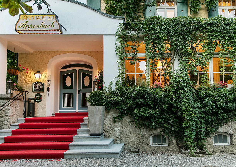 Landhaus zu Appesbach Wolfgangsee Eingang