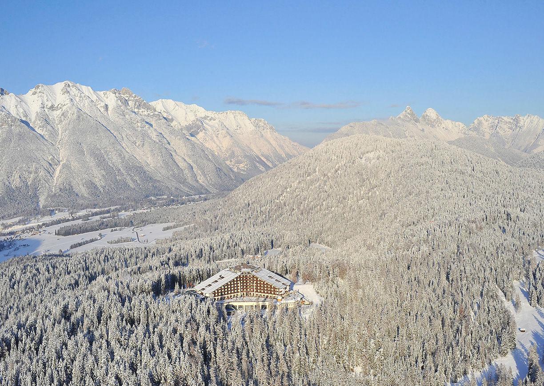 Luxus Hideaway Interalpen Hotel Tyrol Aussenansicht