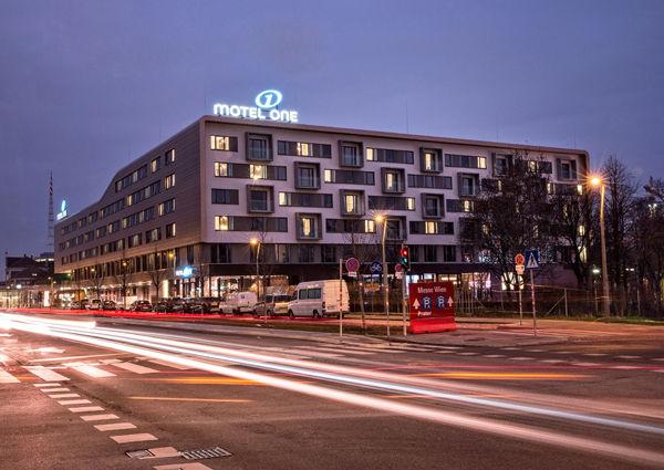 Wien Motel One Er 246 Ffnet Zweites Hotel A List