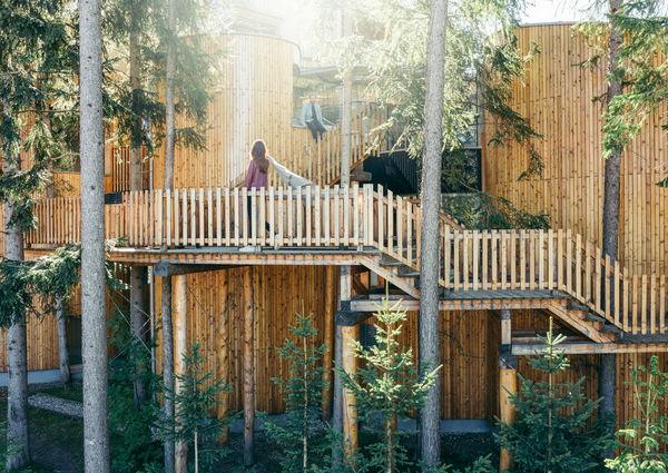 Natur Hotel Waldklause Luxus Ötztal Tirol Wald Holz