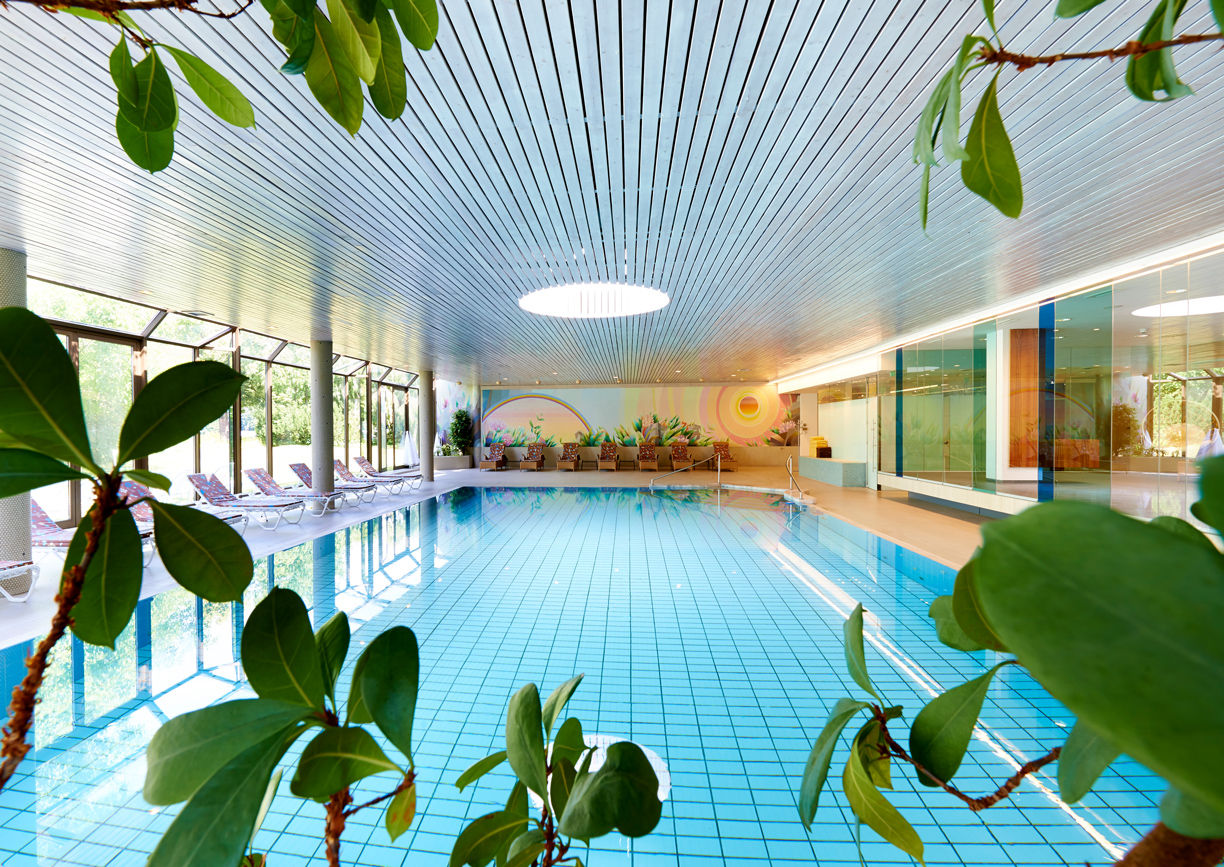 Parkhotel Pörtschach Wörthersee Kärnten Wellness Indoor Pool