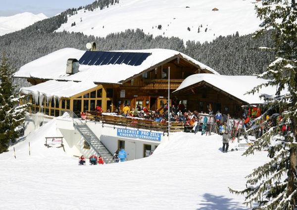 Simon Kröll Simons Skistadl Mayrhofen