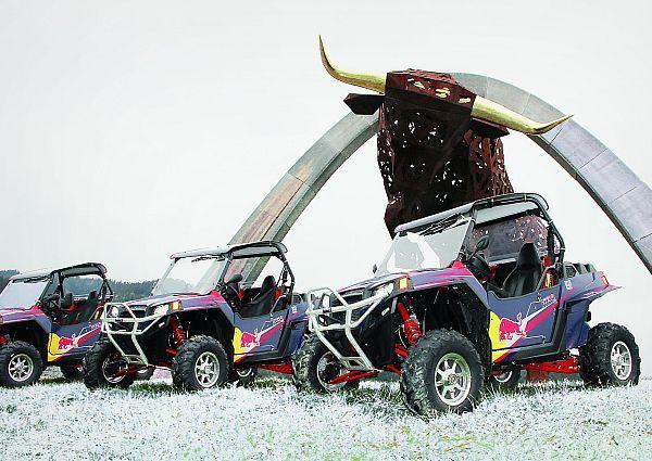 Spielzeug für die Großen: Offroad-Buggies im Schnee