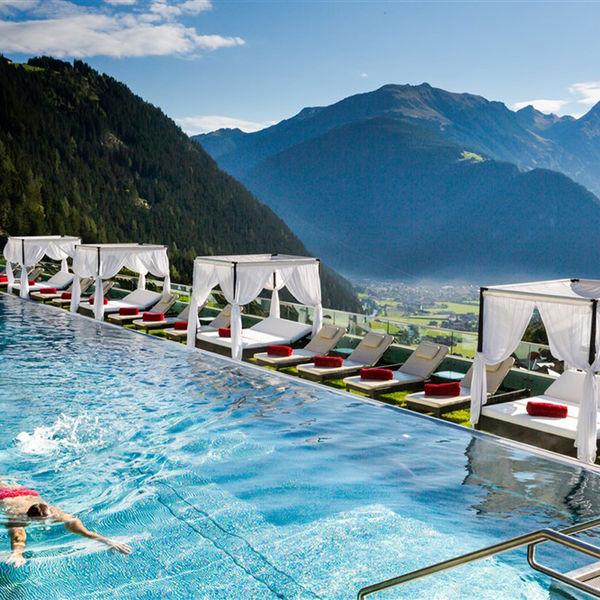 Stock Resort Hotel Tirol Sportbecken Pool