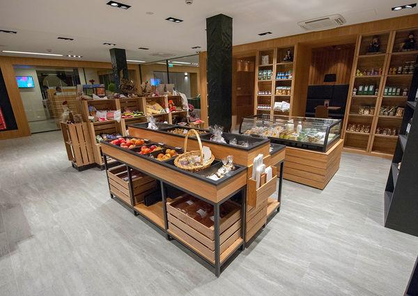 Talmarkt Matrei Bioladen Cafe Osttirol Innenansicht