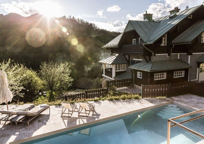 Villa Antoinette Semmering Aussenansicht Pool
