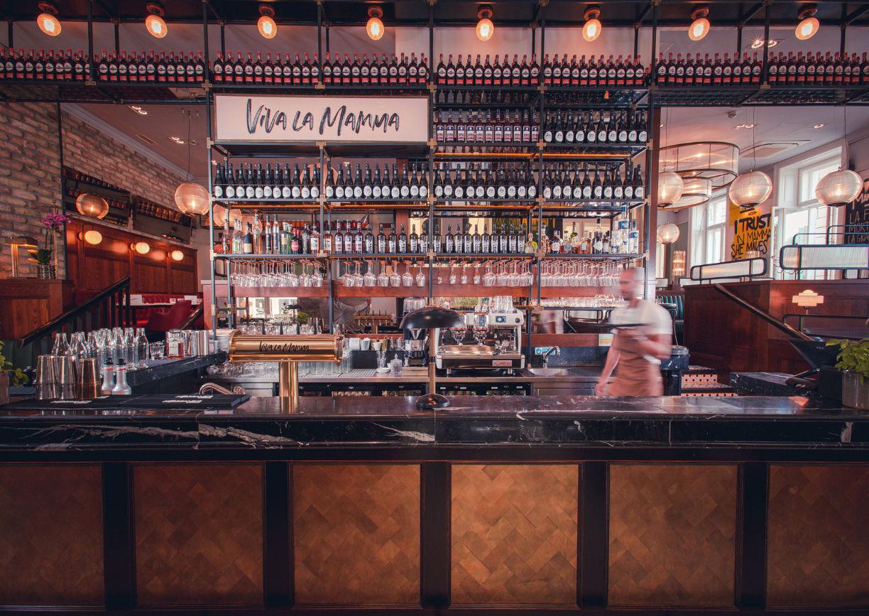 Viva la Mamma Huth Restaurant Lokal Wien Innenansicht Innenstadt Bar