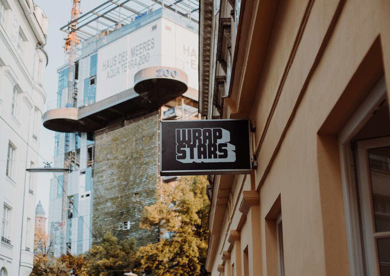 Wrapstars Restaurant Lokal Wien Mariahilf Aussenansicht Haus des Meeres