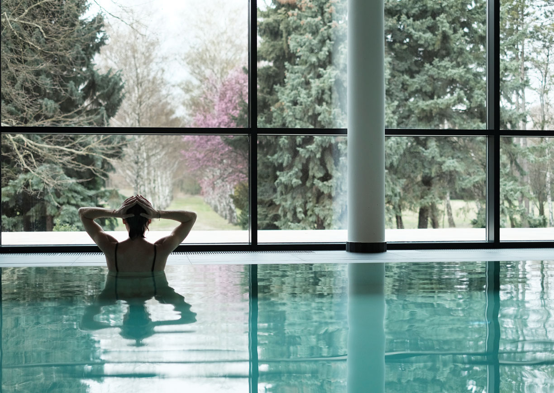 Hotel Kurhaus Marienkron Seewinkel Burgenland Wellness Detox Spa Pool Innenansicht