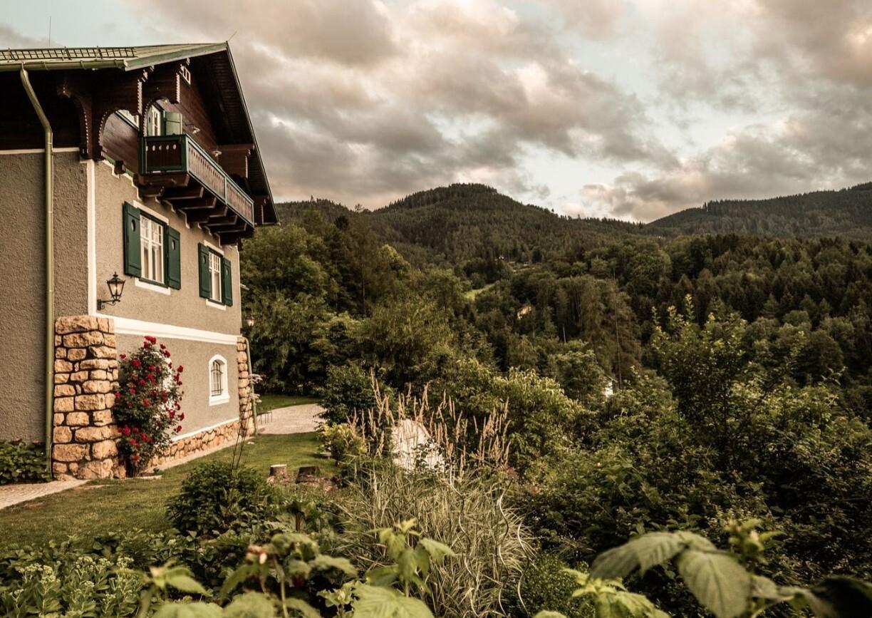 Villa Antoinette Semmering Aussenansicht Sommer